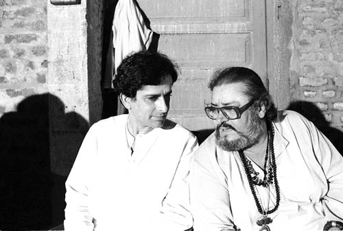 Shammi Kapoor with brother Shashi Kapoor